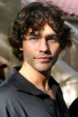 Best Adrian Grenier wallpapers