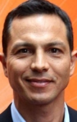 All best and recent Benjamin Bratt pictures.