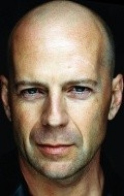 All best and recent Bruce Willis pictures.