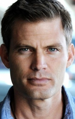 Casper Van Dien - wallpapers.