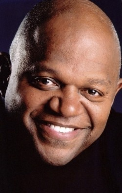 Charles S. Dutton - bio and intersting facts about personal life.