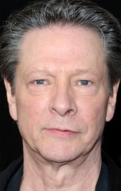All best and recent Chris Cooper pictures.