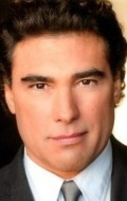All best and recent Eduardo Yanez pictures.
