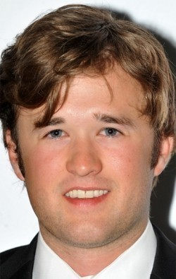 Haley Joel Osment - wallpapers.