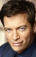 All best and recent Harry Connick Jr. pictures.