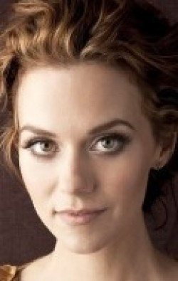 Best Hilarie Burton wallpapers