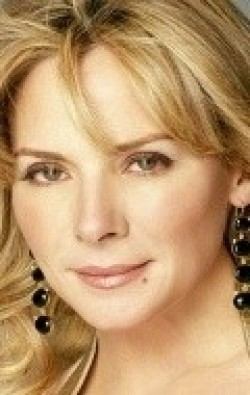 Recent Kim Cattrall pictures.