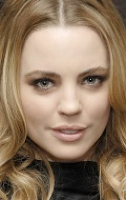 All best and recent Melissa George pictures.