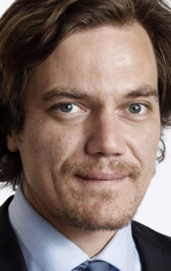All best and recent Michael Shannon pictures.