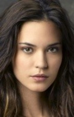 All best and recent Odette Annable pictures.
