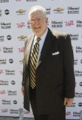 All best and recent Oscar Goodman pictures.