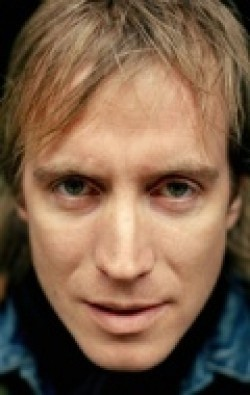 Rhys Ifans - wallpapers.