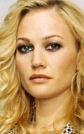 All best and recent Sarah Wynter pictures.