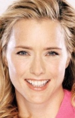 All best and recent Tea Leoni pictures.