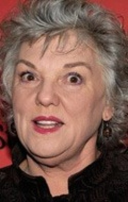 Tyne Daly - wallpapers.