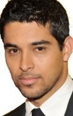 Wilmer Valderrama - wallpapers.