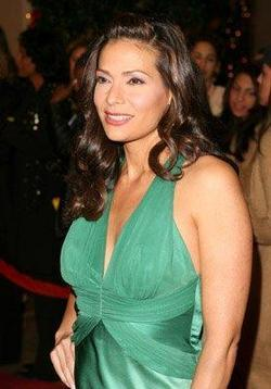 Constance Marie picture