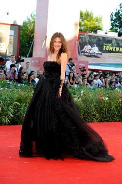 Elisa Sednaoui picture