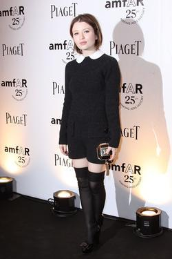 Emily Browning picture