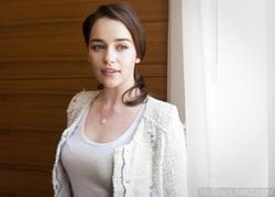 Emilia Clarke picture