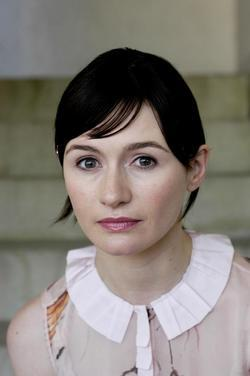 Emily Mortimer picture