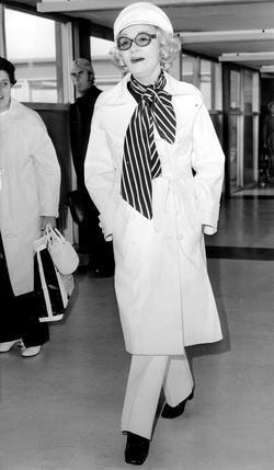 Marlene Dietrich picture