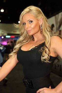 Phoenix Marie picture