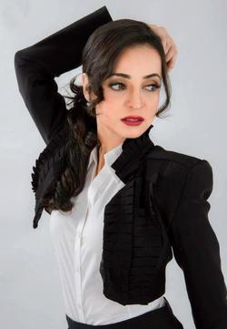 Sanaya Irani picture