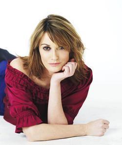 Sarah Parish picture