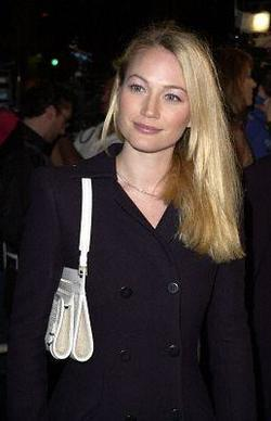 Sarah Wynter picture