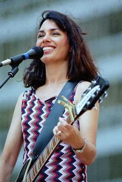Susanna Hoffs picture