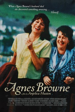 Agnes Browne - wallpapers.